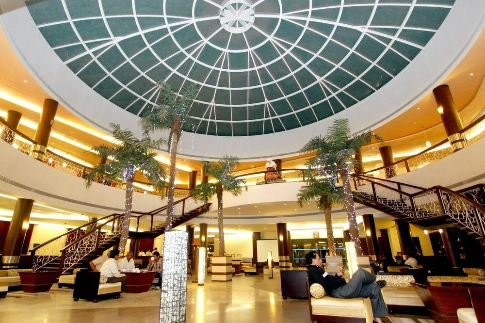 lobby-of-st-laurn-the